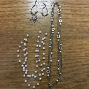 Jewelry - Gold and Pearl Jewelry Set (3 piece)